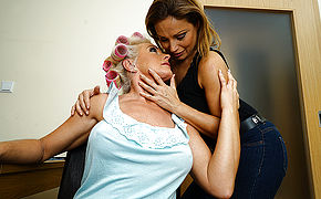 One hot hairy housewife doing her lesbian mature girlfriend