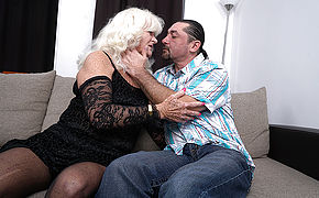 Naughty mature slut fucking and sucking