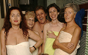 Check out an all female sauna with old chicks