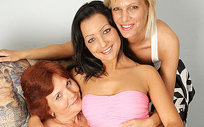 Three mixed age lesbians want to get stuffed