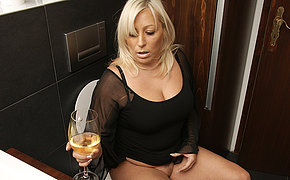 Fatty blonde MILF getting horny