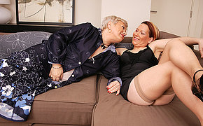 Couple of lesbian MILFs making it wild