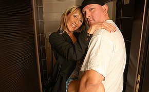 Filthy pee adoring MILF gets a piss and a bang in a toilet