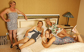Four mature and amateur lesbians having a sex show