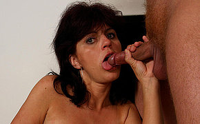 Pretty woman gets a mouth full of cumshot