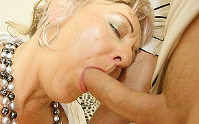 Creampie wife gets it in her ass hole