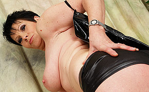 Wicked MILF mommy teases a toy