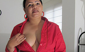 Huge chunky woman fucking a sex toy