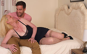 Pretty British MILF likes her lover